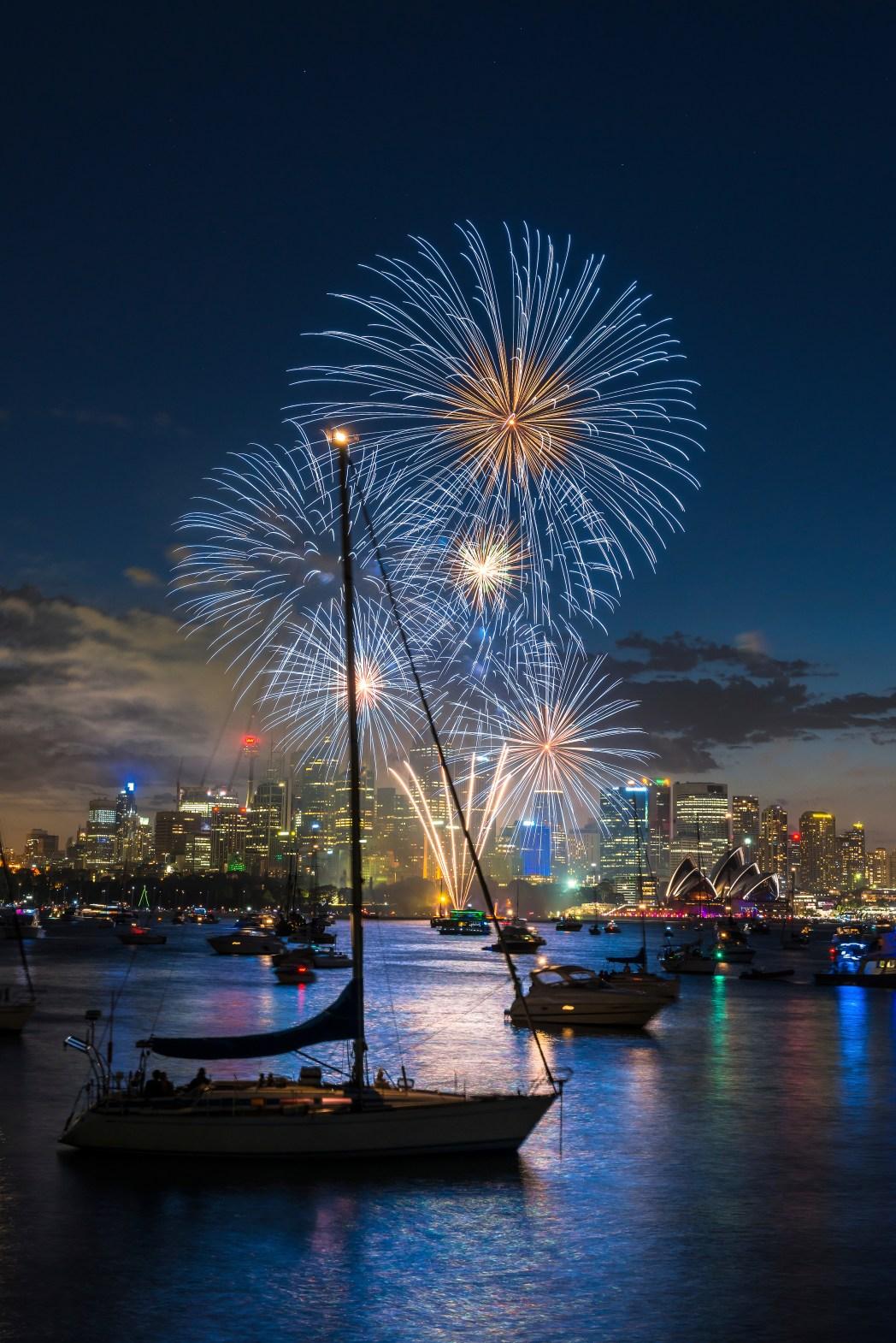 Yeni Yıl Sidney Yılbaşı Kutlamaları Havai Fişek